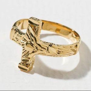 New Vanessa Mooney Cross ring gold size 5